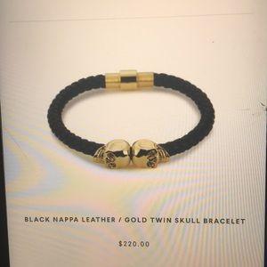 Other - 18k gold skull bracelet